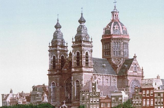 Nicolaasbasiliek Amsterdam (1900, Wikipedia)