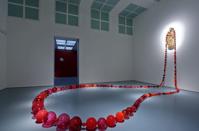 5. Roosenkrans, Maria Roosen, 2008-2016, Courtesy the artist, Galerie Fons Welters, Amsterdam and Roberto Polo Gallery, Brussel