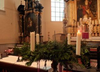 Adventskrans eerste week