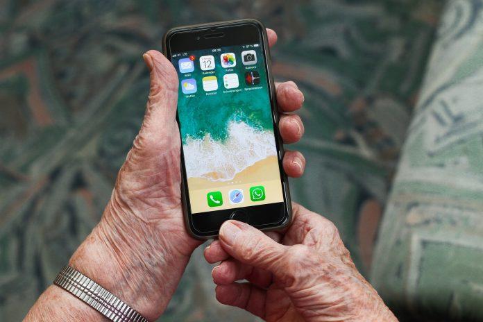 Handen met i-Phone