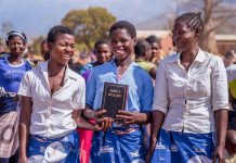 UBS foto Malawi vertaling Ellomwe 2019
