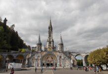 Kerk bedevaartsoord Lourdes