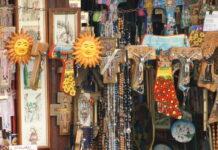 Merchandise Assisi