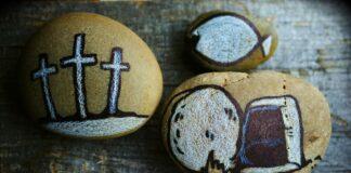 Stenen met Paas-illustraties