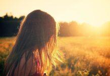 Meisje in zonlicht